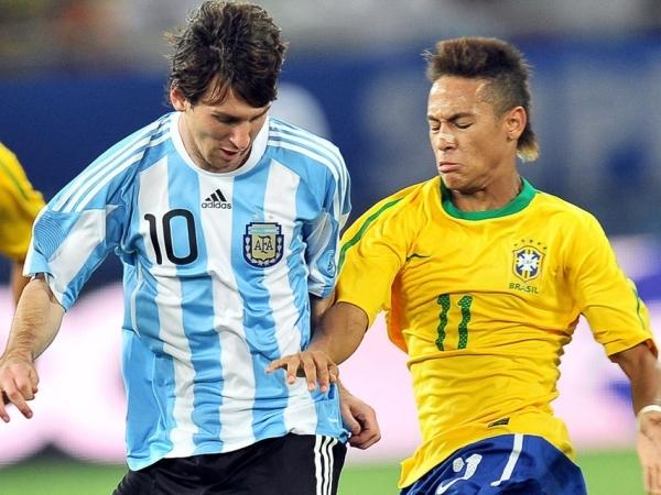 Argentina: 6, Brasil: 3 (Economía 2003-13)