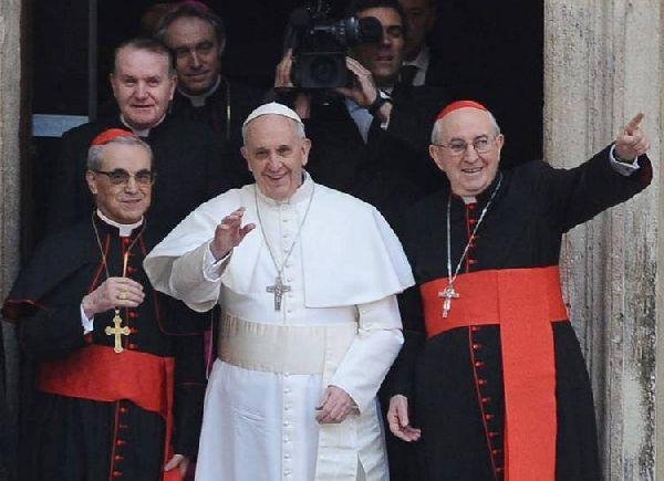 El Papa argento y el pequeño Manual del Progre Ilustrado