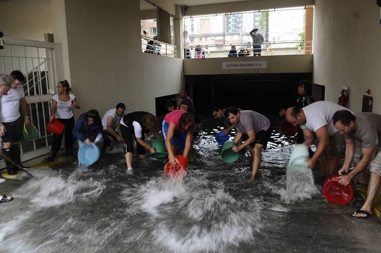 Inundaciones-Condarco-Belaustegui-Eugenia-Cerruti_CLAIMA20130402_0129_14