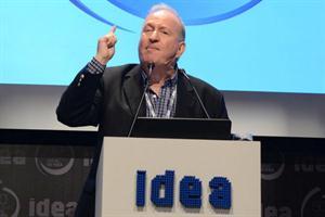 IDEA: Sabsay reclamó que CFK muestre el título de abogada