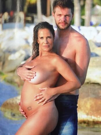 El caso Callejón y la polémica: ¿y si soy mamá a los 50, qué?