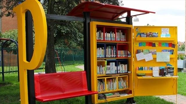 Biblioteca en un parque de bogotá