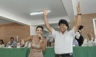 Evo Morales baile del cuello