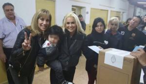 Dulce Granados y Verónica Ojeda, en las PASO. Maradona no perdona.