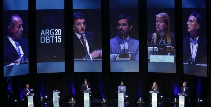 El debate dejó mejor parado a Massa y Macri salió debilitado