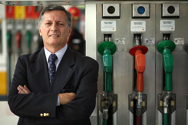 Conflicto de intereses: El ministro Aranguren tiene 13 millones de pesos en acciones de Shell