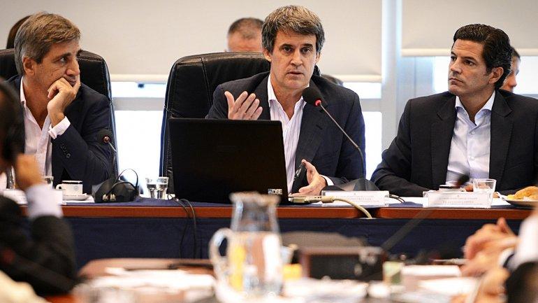 Contrarreloj, el Gobierno intenta evitar que se caiga la sesión por los holdouts