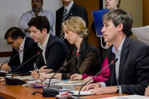 Adrián Pérez y Marina Carbajal, funcionarios encargados del proyecto.