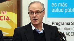 El ministro Daniel Gallón le donó a Santa Cruz once camiones del programa una semana antes de irse.