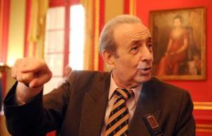 El ex diputado Lorenzo Pepe, secretario general del instituto.