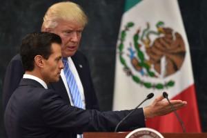 Trump y el mexicano Peña Nieto, en plena campaña con discurso xenófobo.