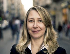 Myriam Bregman, se opuso a la suba salarial y defiende la ampliación de bancas.