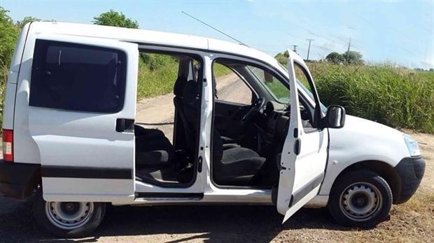 Cuando el mito urbano se cruza con la realidad: denuncian en Merlo el ataque de una camioneta blanca