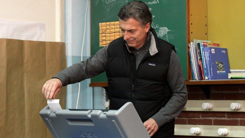 """La reforma electoral, en jaque por el terror de los gobernadores al """"efecto Salta"""""""