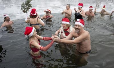 A los alemanes les gusta darse un chapuzón de agua fría.
