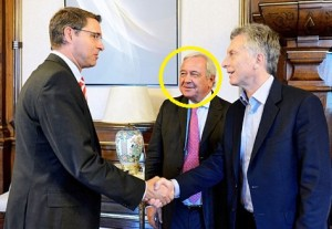 Irigoin, destacado, junto a Macri. Polèmico funcionario en el Correo.