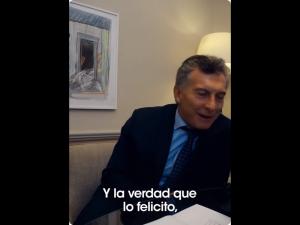 Macri, en su video mientras hablaba con Franco, el anciano del 1A.