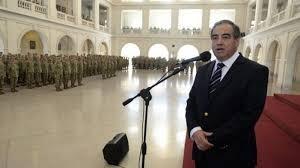 Julio Martínez deja Defensa. Quiero pesar en el Senado.