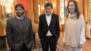 Manes, con Salvai y Vidal. De no ser primero, podría bajarse.