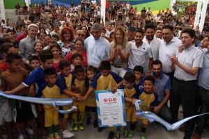 Ferraresi le puso nombre militante a la obra. En la foto, con la funcionaria de Macri.