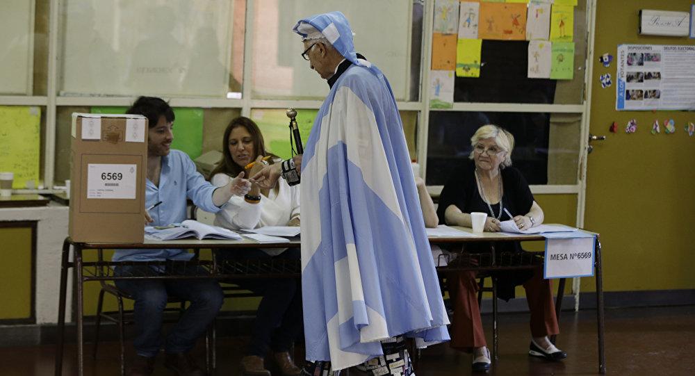 Cómo mejorar el sistema electoral argentino