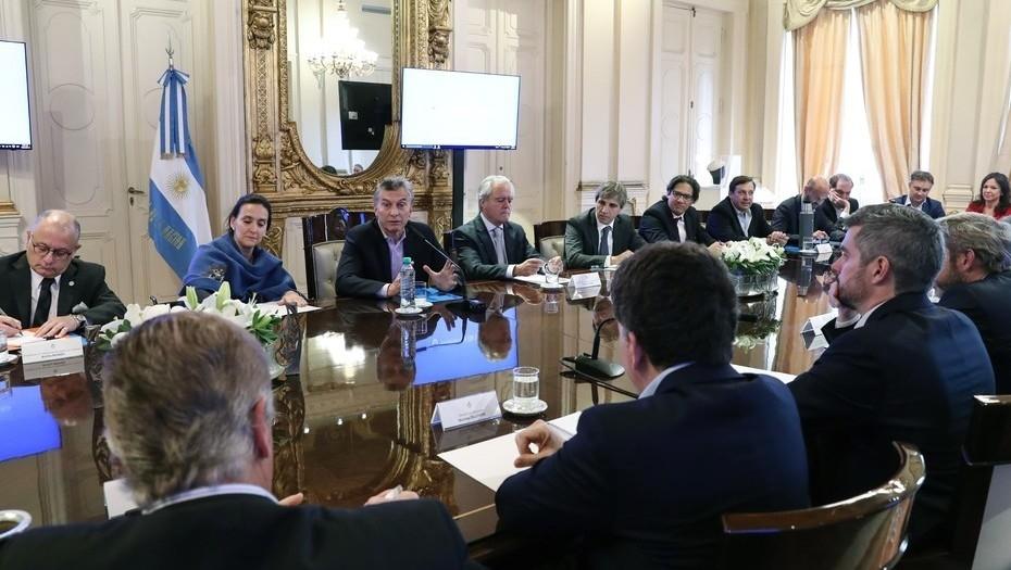 Denuncias, cambios y mucho ruido en el Gabinete de Macri