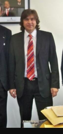 Gerardo Daniel Pérez, esposo de Nora de Lucía. Entorno sciolista.