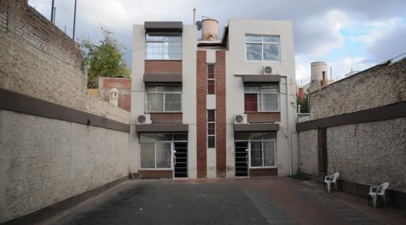 """""""Pyme vip"""", prostíbulo en Mendoza. Con lo que lavaron compraron dos edificios."""