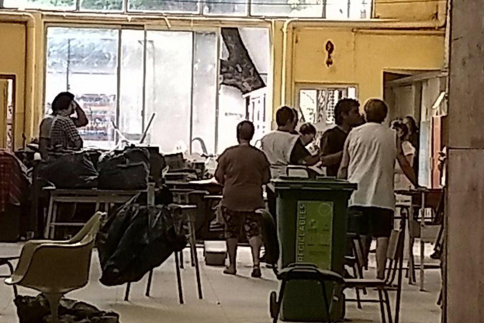 El caso de la escuela de la Ciudad que no empezó las clases, no por el paro sino por Larreta
