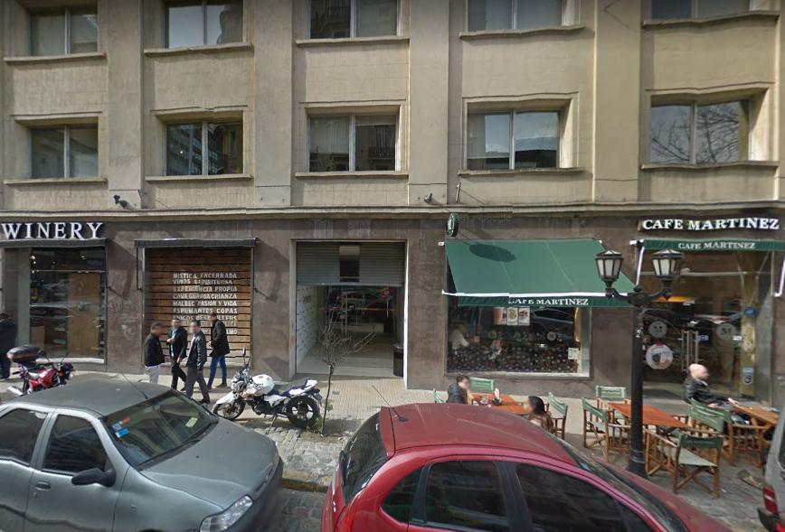El frente de Balcarce 412, la sede PRO.