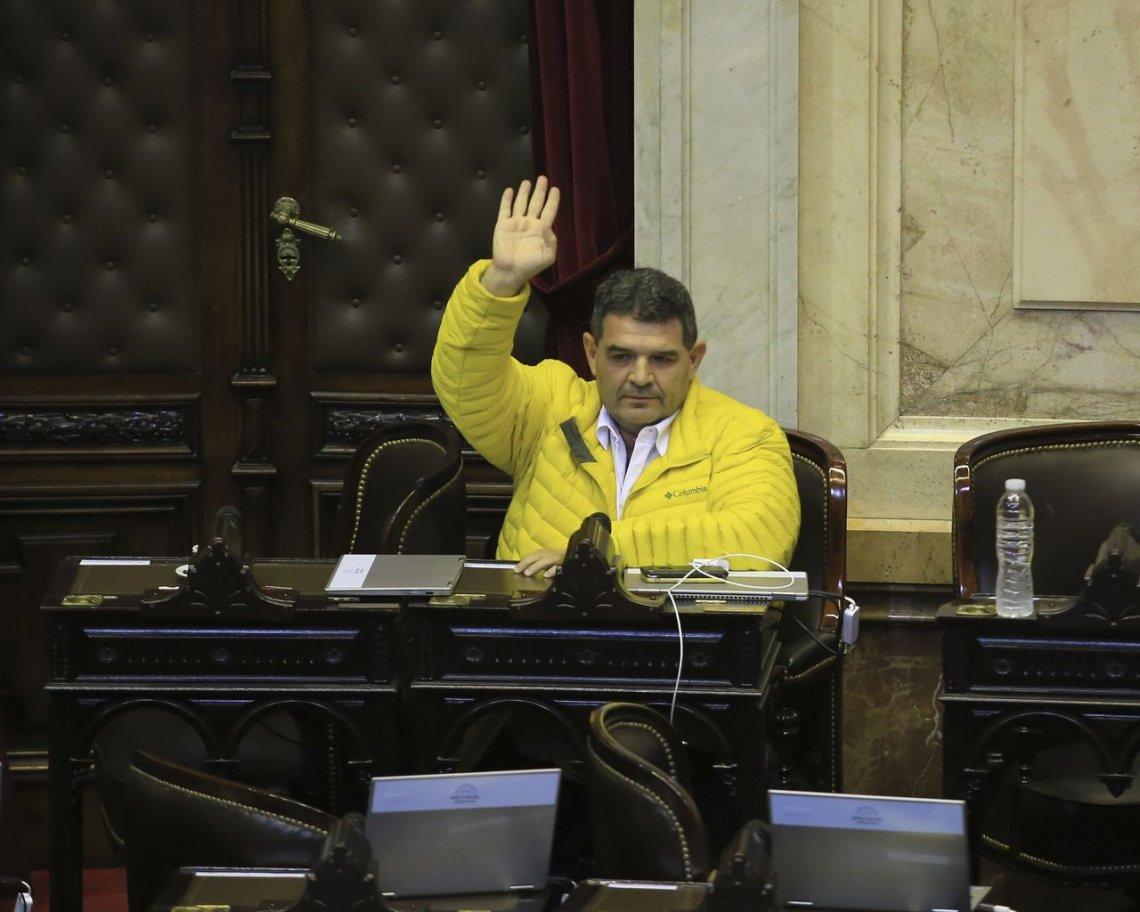 Olmedo se paró y la oposición no logró el quórum por los tarifazos. Polémica y puja la límite.