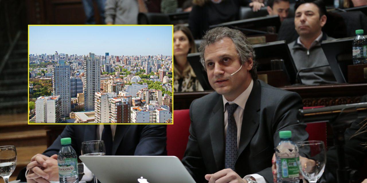 El jefe de Gabinete porteño detalló el plan para bajar $100 mil pesos de expensas anuales por edificio