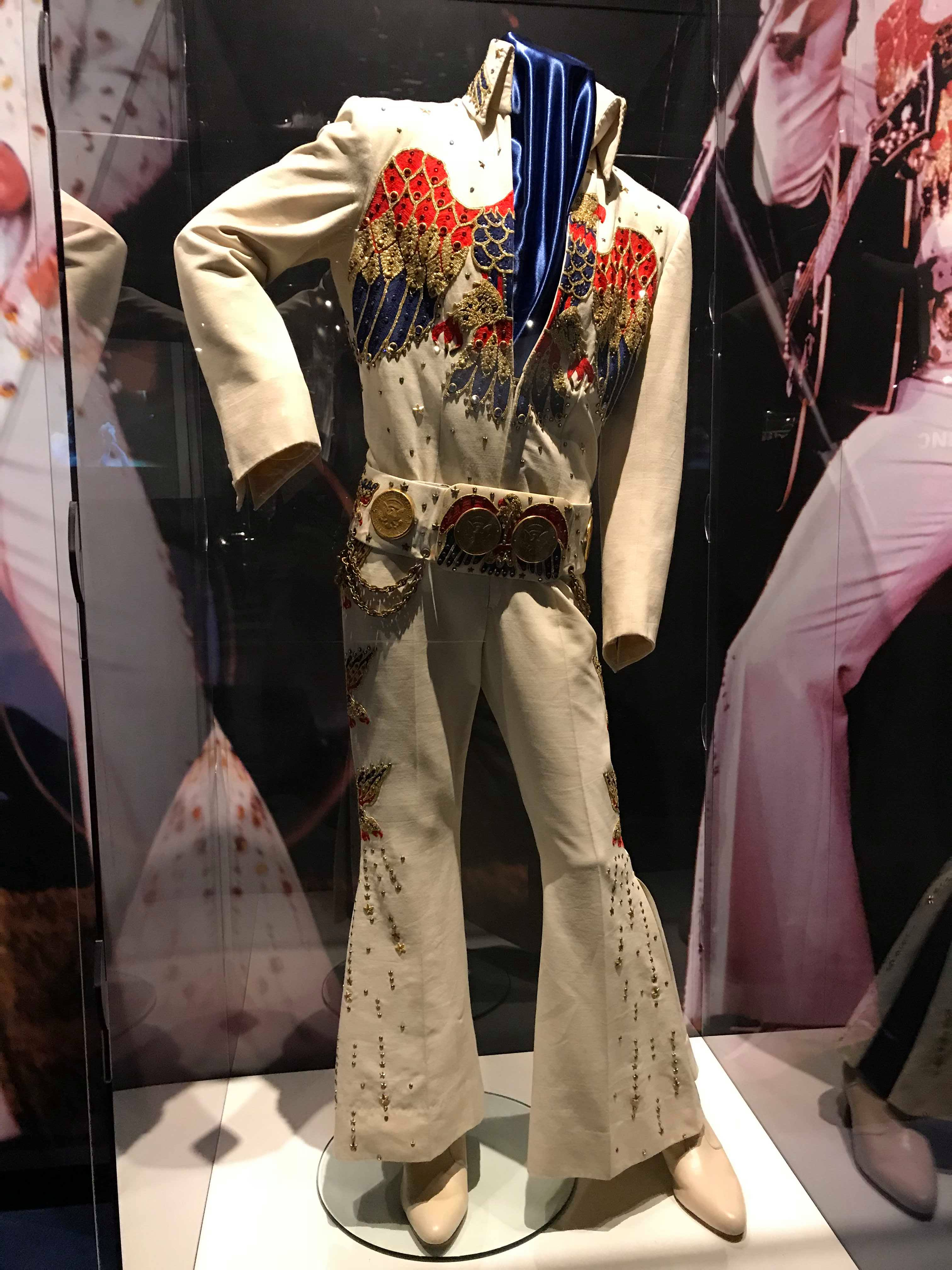 Presley Memphis trajes