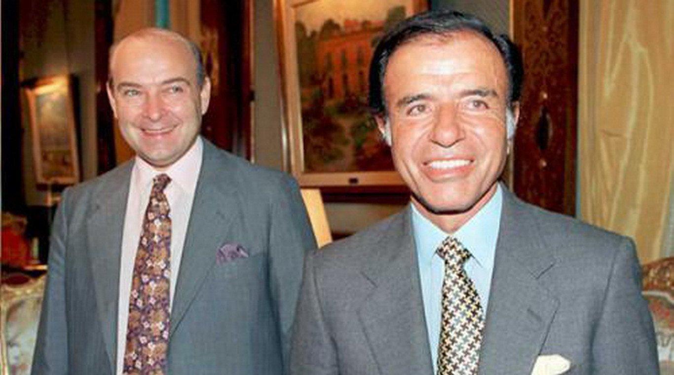 Cavallo y Menem en tiempos de poder. Ahora visitan juntos Tribunales.