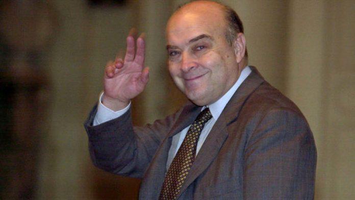 Cavallo puso la firma en 1992. 27 años después va a juicio.