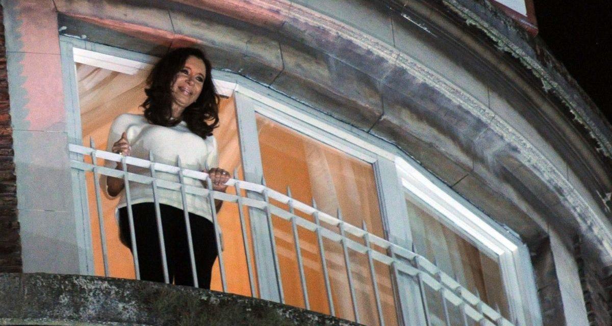 Con la plata que, según los Cuadernos, se entregó en la casa de CFK se podrían construir más de 2.000 viviendas sociales