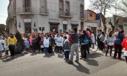 Embargos y citaciones a padres: El derrotero judicial de las amenazas de bomba en escuelas