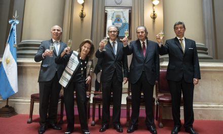 Intrigas palaciegas que esmeliran el poder en la Corte