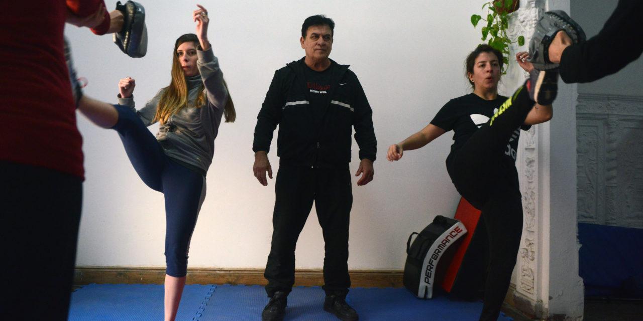 Defensa personal para mujeres: Una tendencia que crece frente a las amenazas callejeras