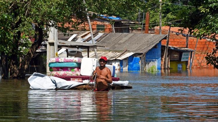 Analiza el gobierno disponer 300 millones de dólares para las zonas inundadas