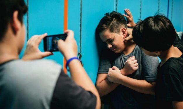 Cómo diferenciar el conflicto entre pares con el bullying?